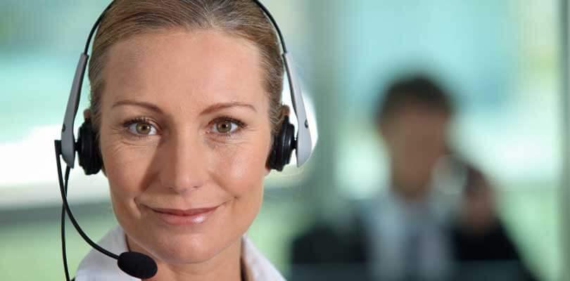 Kundenservice - Frau Berater - Ferienhäuser